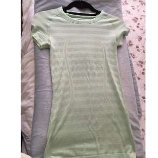 lululemon mint green gym top