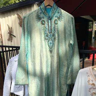 Beautiful Lined Kaftan. Beaded And Sequins.