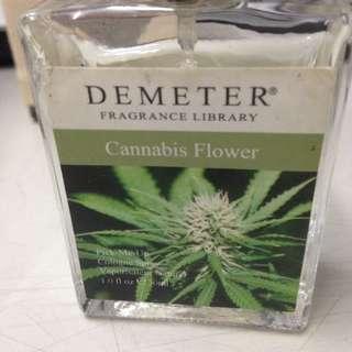 氣味圖書館香水 大麻花味只要六百塊啦