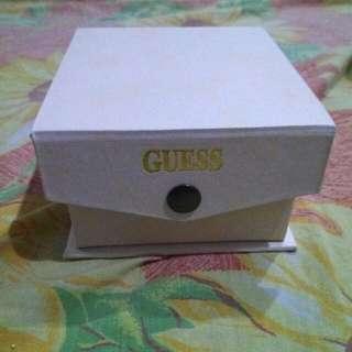 Jam Tangan Guess Collection Untuk Wanita