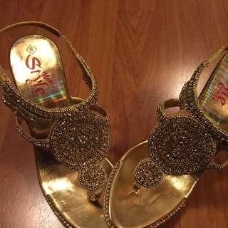 Golden Heels Size 7