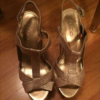 Aldo Rose Gold Size 7 Heels