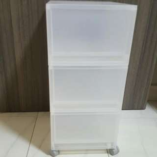 (Reserved)Excellent condition Authentic Muji Storage Units