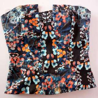 Fitted Strapless Multicolored Top