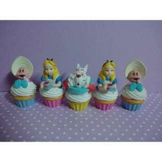 愛麗絲杯子蛋糕扭蛋