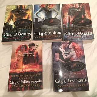 The Mortal Instruments Series Book 1-5 By Cassandra Clare!!