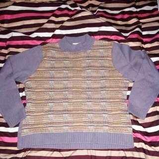 Sweater Rajut Tebal