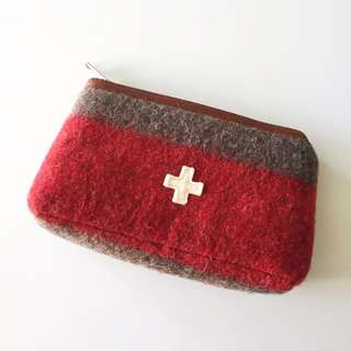 🚚 🇨🇭瑞士 Karlen毛呢萬用包