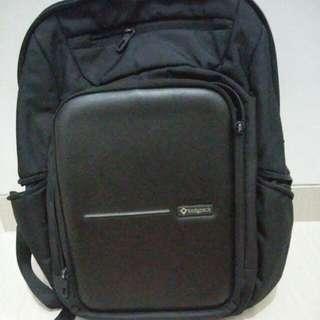 Tas Laptop Bodypack