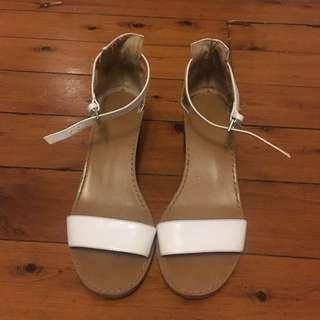 Zara White Block Heel Sandal Size 39
