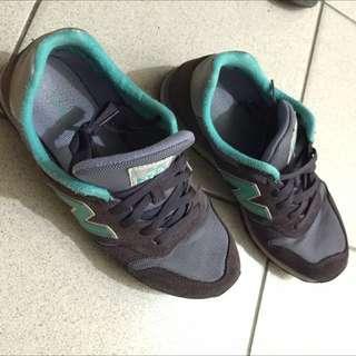 New Balance 373 紫色/藍綠 配色 復古球鞋