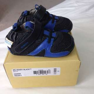 Robeez Baby Boy Shoes Size 3 (6-9 Months)