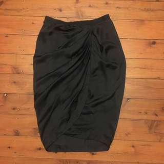 Witchery Skirt Size 8 RRP$129.95
