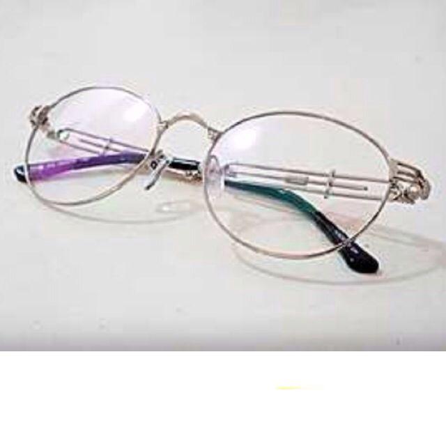 美國饒舌歌手 金屬圓框眼鏡