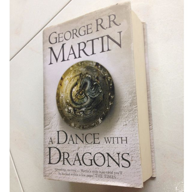 A Dance with Dragons by George R.R. Martin - Game of Thrones (Hard Cover)