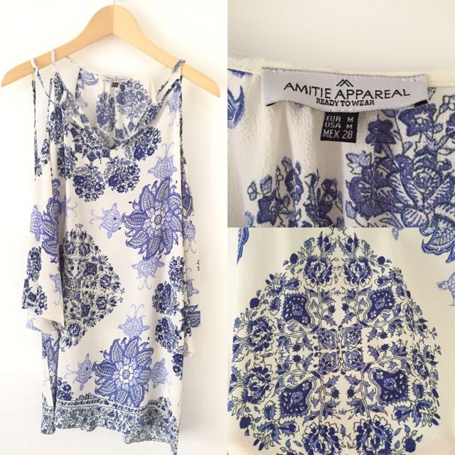 Amitie Appareal Porcelain Dress Size M