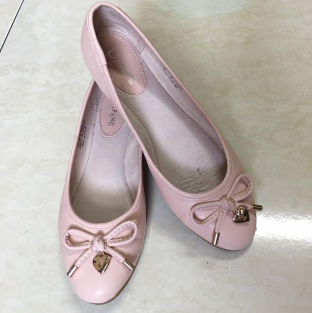 芙妮DAPHNE 蝴蝶結粉嫩色娃娃鞋-優雅粉紅