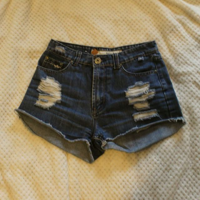 Denim Shorts (refuge)