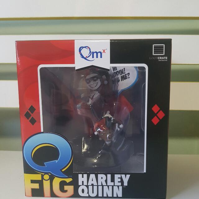 HARLEY QUINN FIGURINE IN BOX