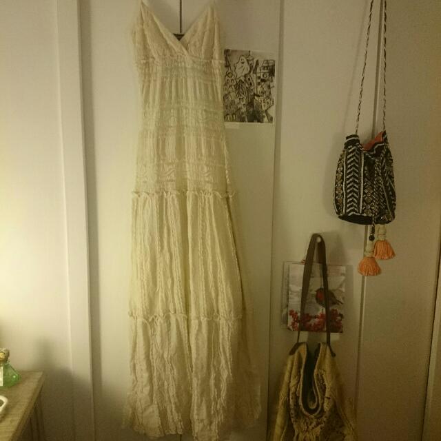 New Le Chateau XXS Lace Maxi Dress