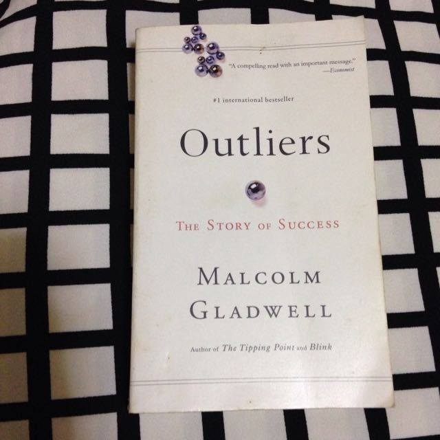 Outliers Novel (Story Of Success)