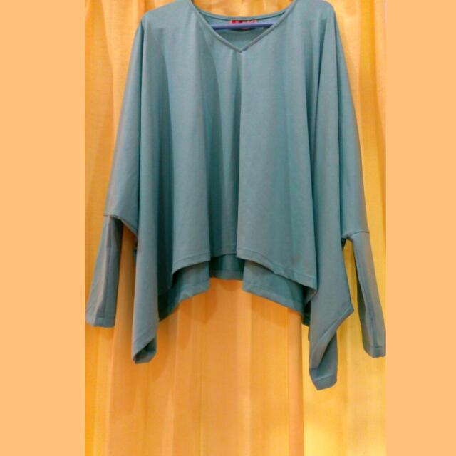 (Preloved) Tosca Batwing Top