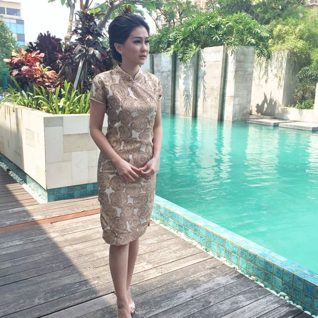 Rose Cheongsam