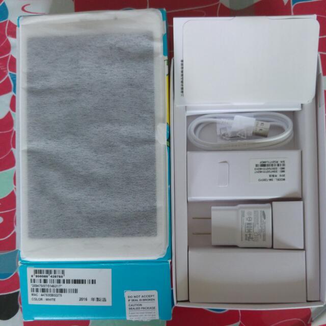Samsung Tab J 白色
