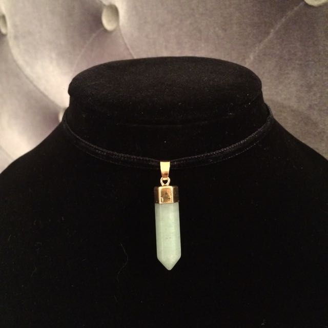 Velvet Opal Stone Choker