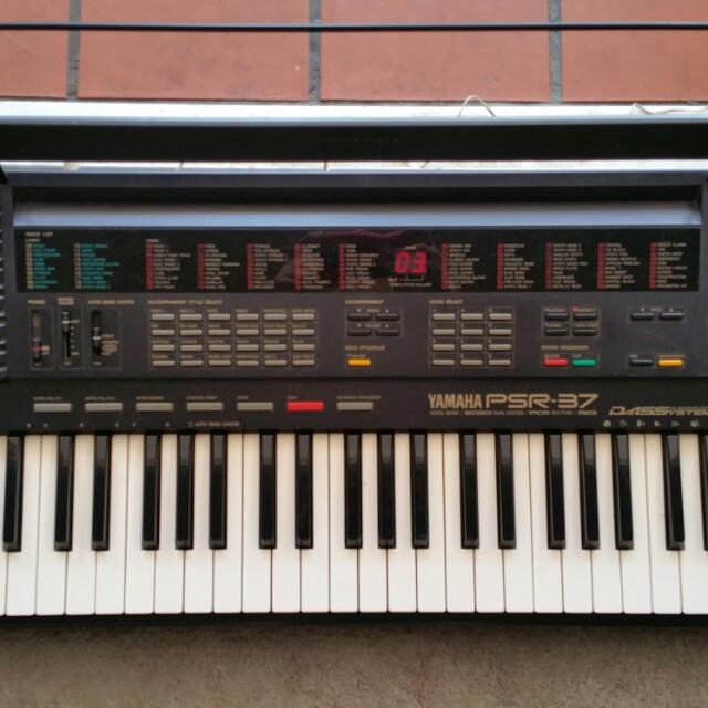 yamaha keyboard psr 37 music media music instruments. Black Bedroom Furniture Sets. Home Design Ideas