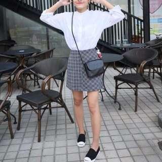 灰色毛呢格子短裙