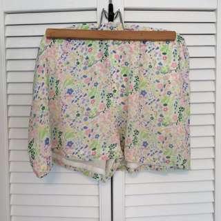 H&M Floral Shorts Size 10
