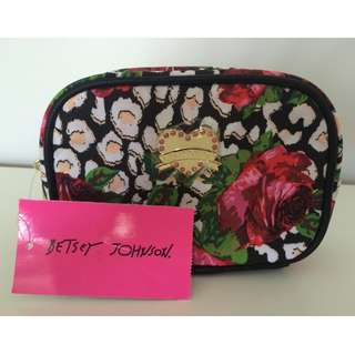 Betsy Johnson flowered cosmetics case