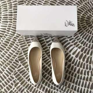 Wittner Leather White Flats