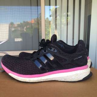 -ON HOLD- Adidas boost black/pink