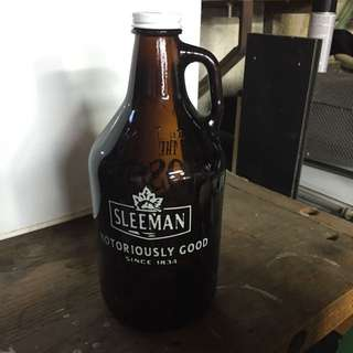 Sleeman Half Gallon Glass Jug Never Used