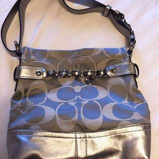 Coach Purse With Adjustable Strap