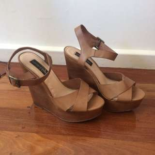 Womens Size 10 Wedges Londn Rebel