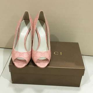 Authentic Gucci Pink Leather Heels