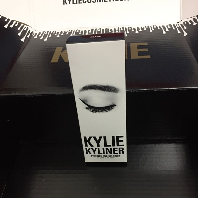 "100% AUTHENTIC KYLIE COSMETICS BY KYLIE JENNER BLACK ""KYLINER"""