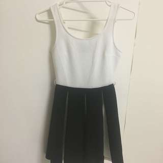 White And Black Pleated Dress