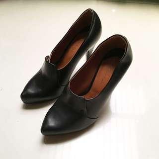 Charles And Keith Booties Heels
