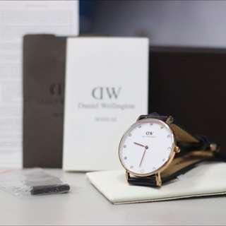 專櫃保固兩年全新DW施華洛世奇水晶錶34mm