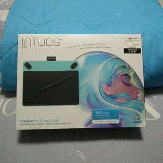 Wacom Intuos Art Pen And Touch Tablet Blue (Small)