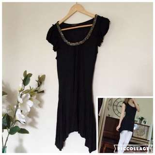 ON HOLD Stylish Black Top Long And Dressy Bead Top Size Small To Medium