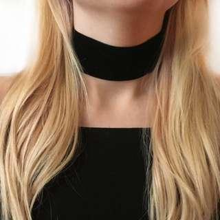 Choker Necklace Black Velvet