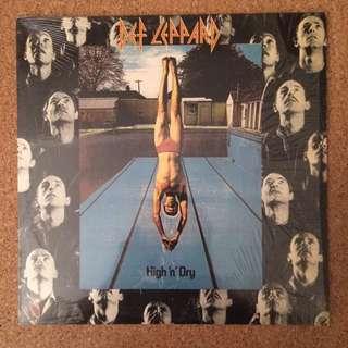 "Vinyl - Def Leppard ""High 'N' Dry"" (1981)"