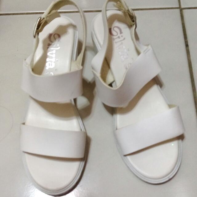 涼鞋/增高涼鞋/白