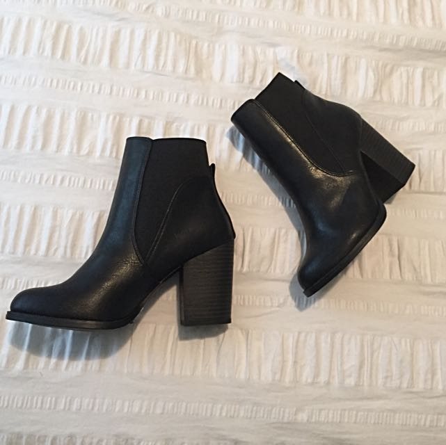 Black Booties (Spring Shoes Brand New Sz 8)