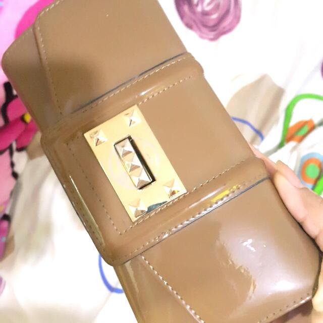 Glossy Trifold Wallet
